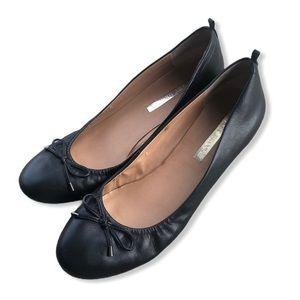 Audrey Brooke Upper Leather Black Bow Flats